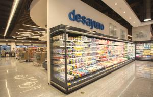 Revista Maxi - supermercado
