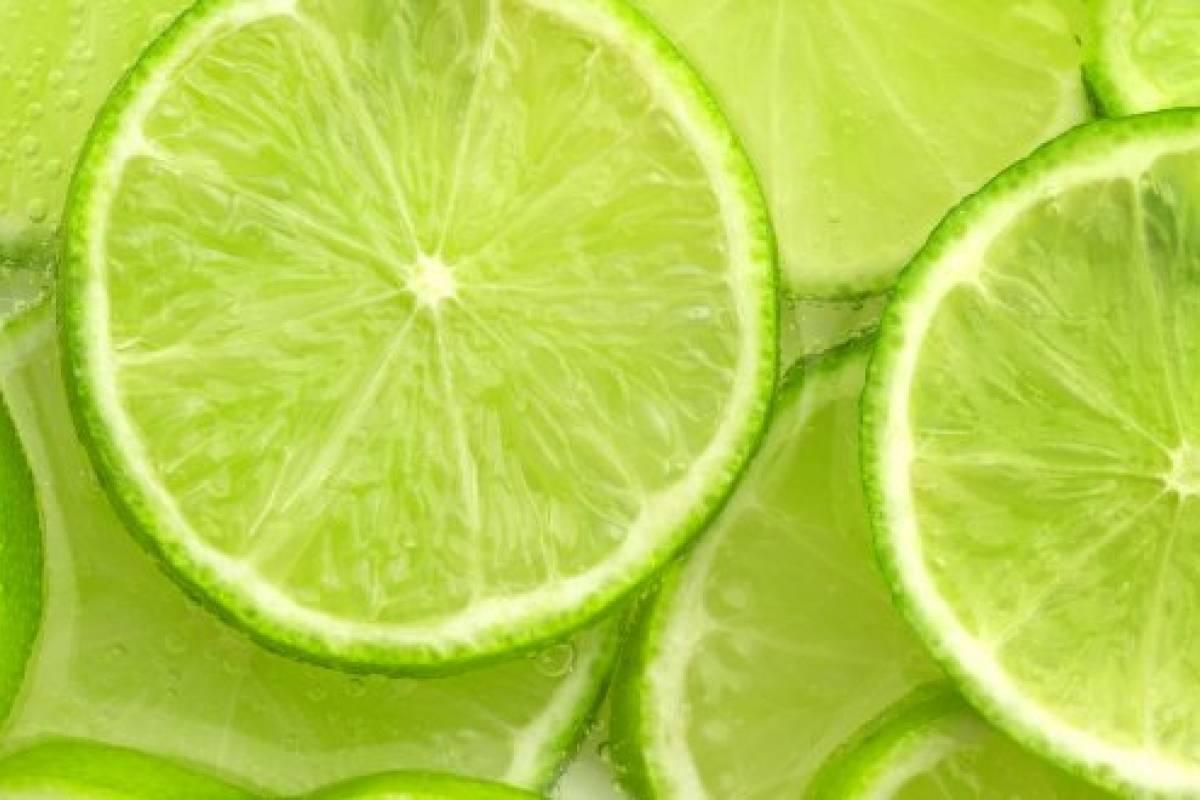 Limones, aliados de la limpieza