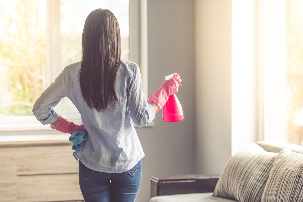 Conozca la vida útil de los implementos básicos de limpieza