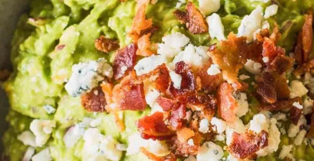 guacamole tocino y bluecheese