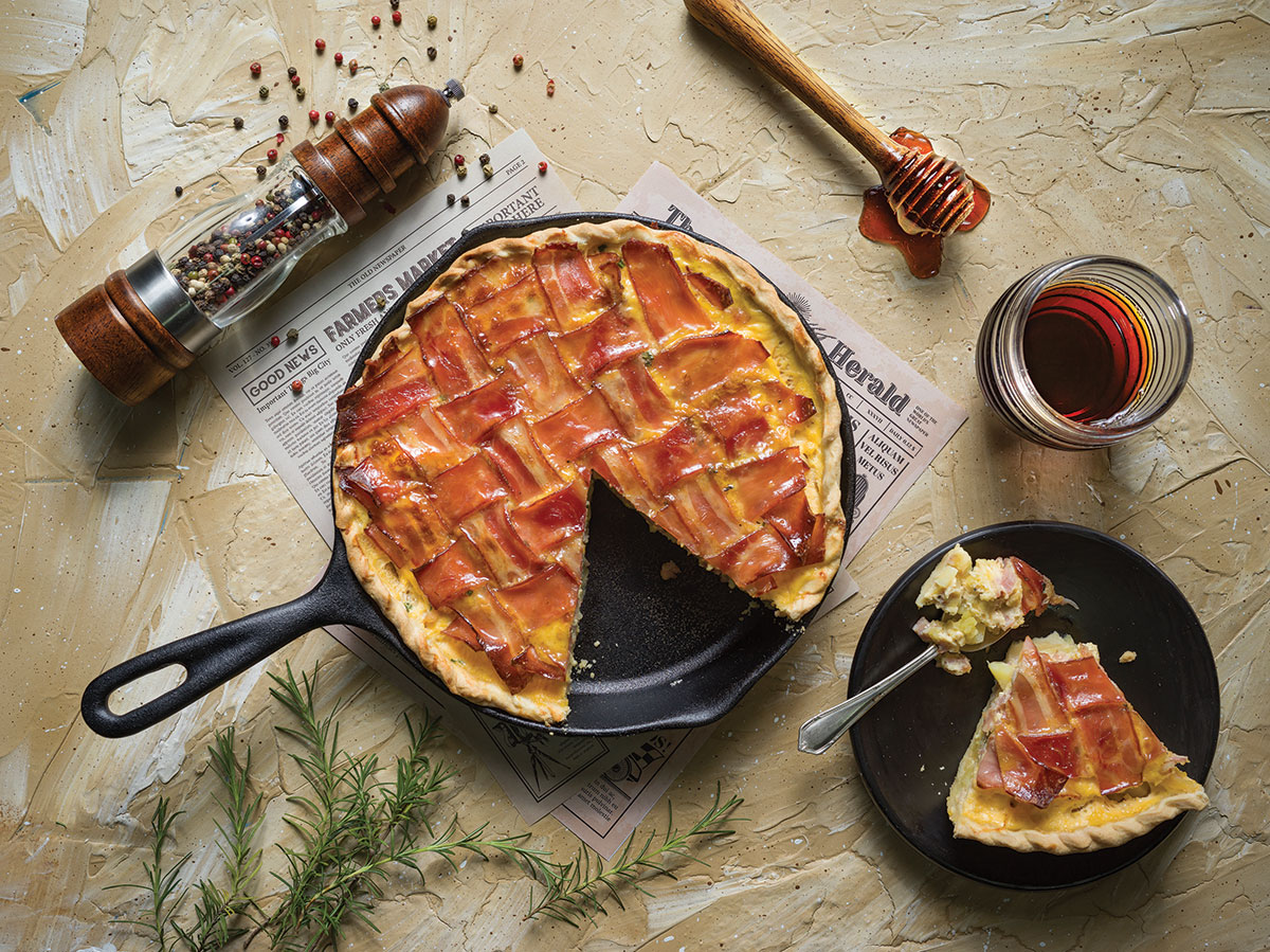 Pie tocino y miel de maple