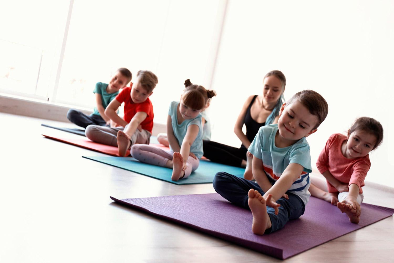 Yoga para niños saludables y felices