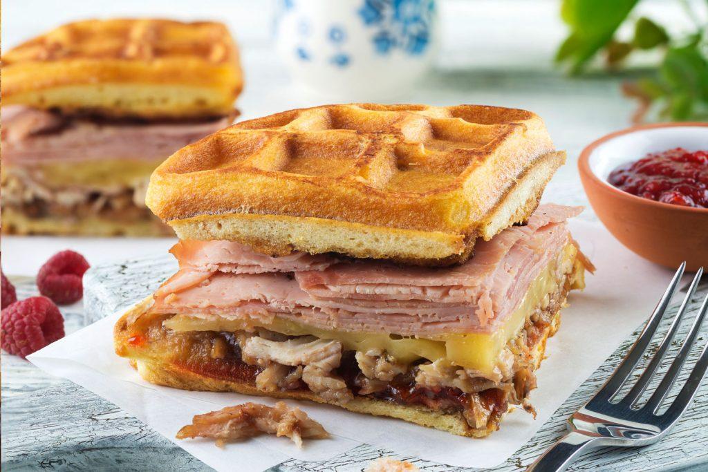 Sándwich de Waffle montecristo