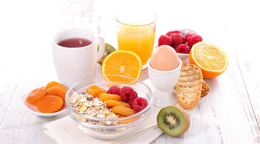 Los desayunos no deben ser muy contundentes