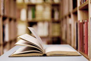El Día del Libro, las rosas y las tradiciones