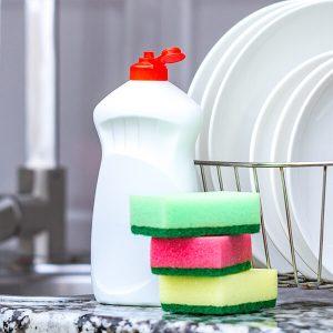 lavavajilla-liquido-10-aliados-infalibles-del-aseo