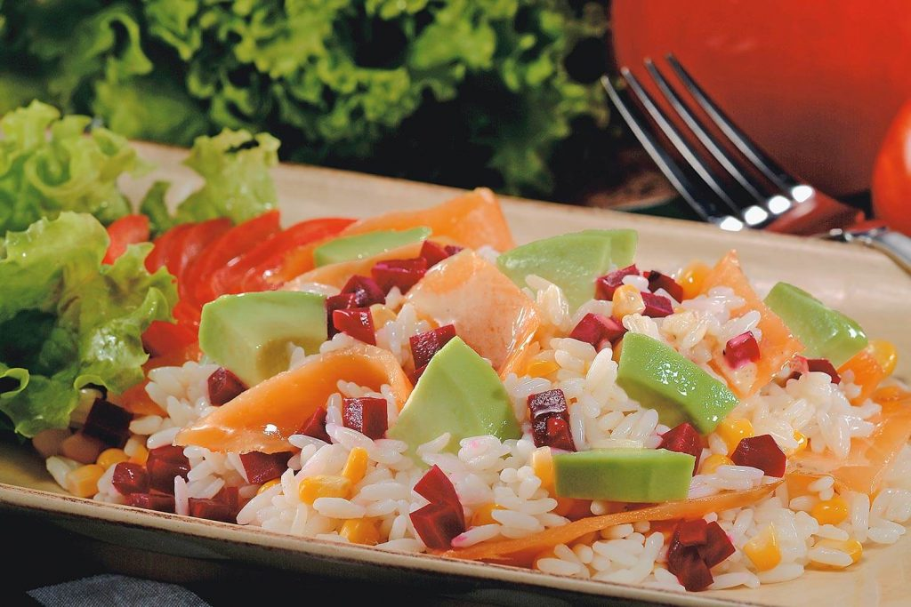 ensalada-de-arroz-con-salmon-menu