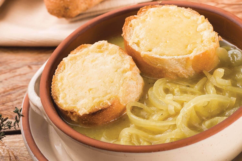 Sopa de cebolla francesa (FRANCIA)