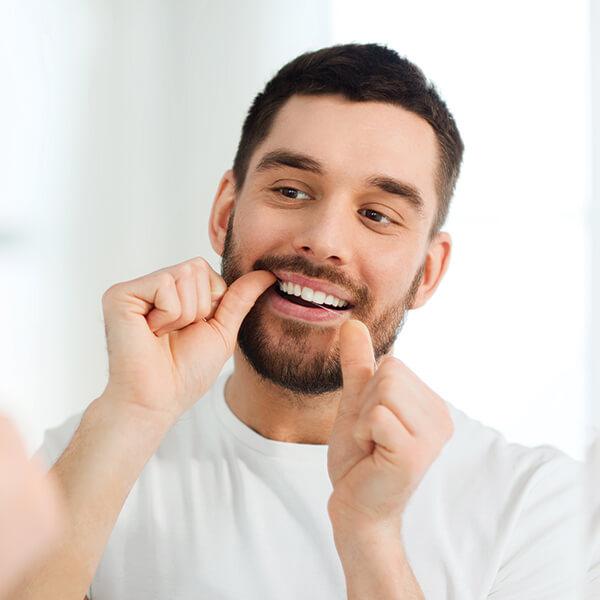 el-hilo-dental-buen-aliento-siempre